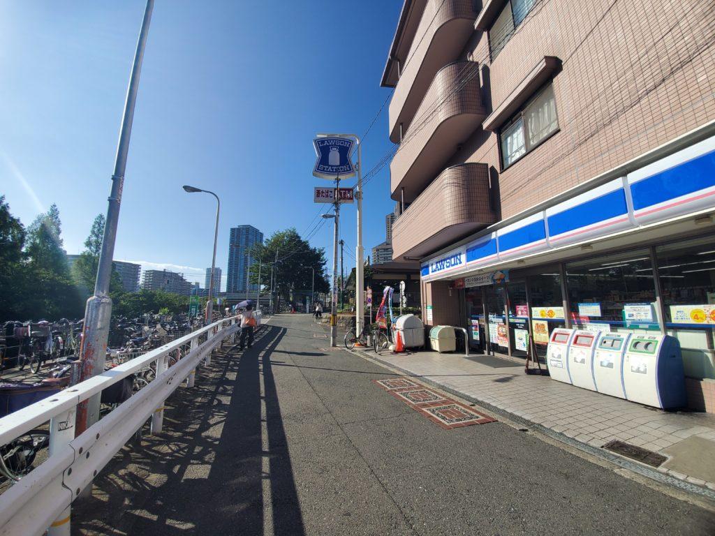 桜ノ宮駅前のローソン